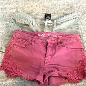 Bundle 2 pairs of shorts